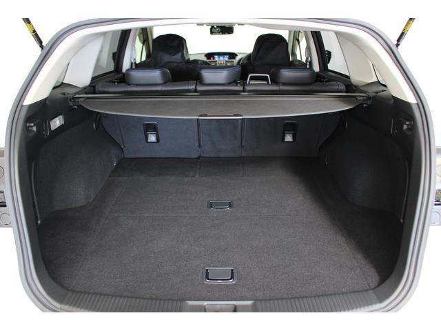 2.0GT-Sアイサイト 4WD ワンオーナー アダプティブクルーズコントロール ナビ フルセグTV フロント・サイド・バックカメラ CD・DVD再生可 Bluetooth接続可 ETC2.0 本革シート(52枚目)