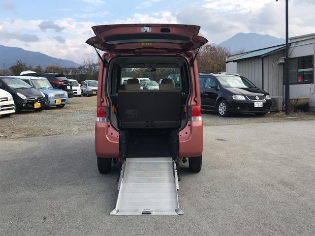 スローパー 車いす搭載1台リアスローパー 後席シート付(2枚目)