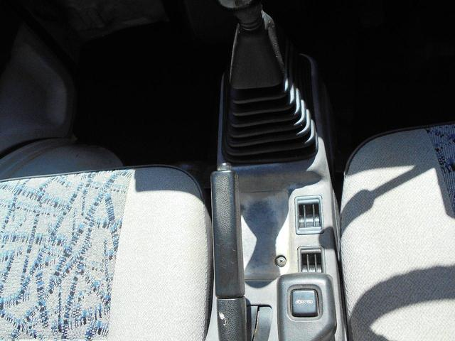 VX 4WD 5速マニュアル車 旧規格モデル(10枚目)