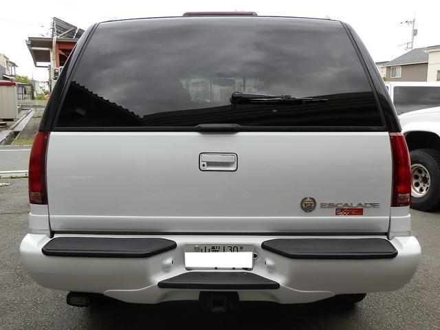 「キャデラック」「キャデラックエスカレード」「SUV・クロカン」「山梨県」の中古車8