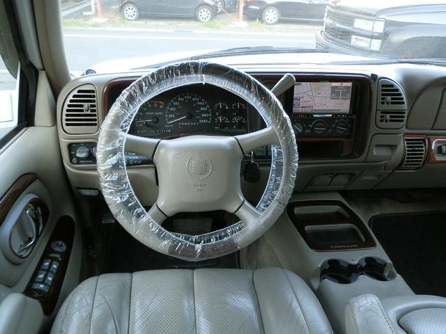 「キャデラック」「キャデラックエスカレード」「SUV・クロカン」「山梨県」の中古車12