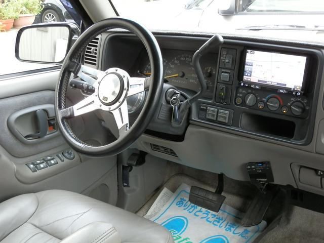 「シボレー」「シボレーサバーバン」「SUV・クロカン」「山梨県」の中古車24