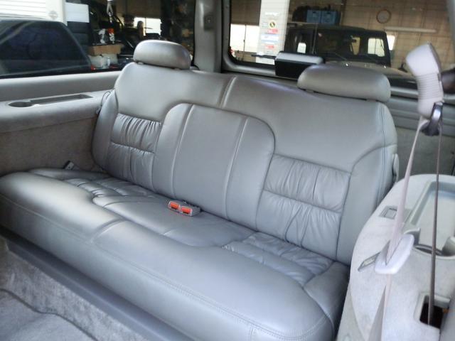 「シボレー」「シボレー サバーバン」「SUV・クロカン」「山梨県」の中古車32