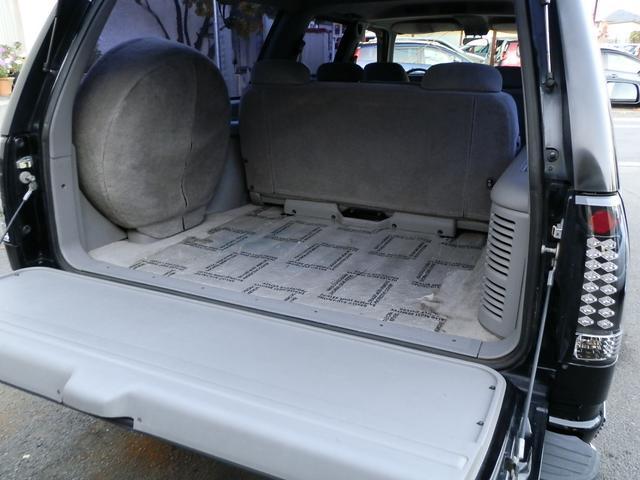 「シボレー」「シボレーサバーバン」「SUV・クロカン」「山梨県」の中古車27