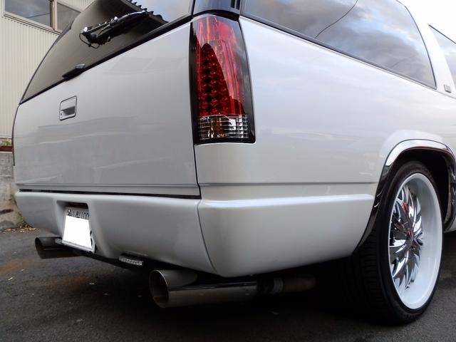 「シボレー」「シボレーサバーバン」「SUV・クロカン」「山梨県」の中古車8
