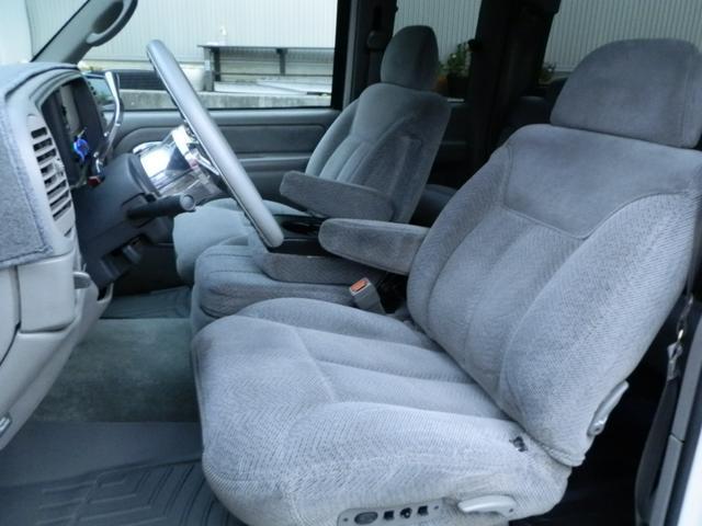 「シボレー」「シボレーC-1500」「SUV・クロカン」「山梨県」の中古車41