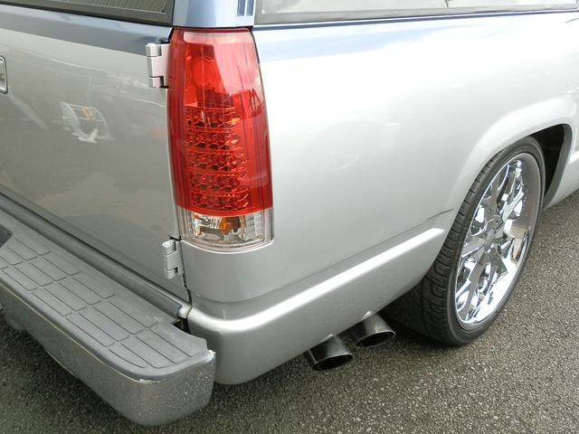 「シボレー」「シボレーサバーバン」「SUV・クロカン」「山梨県」の中古車16