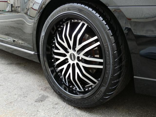 交換済みのタイヤホイルは、Dセンティの20インチ、ブラポリで、タイヤは、8部山位有りますので安心して下さい。ブラック&ポリッシュのホイルが良く似合います!!