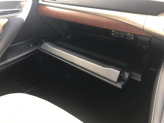 「レクサス」「CT」「コンパクトカー」「山梨県」の中古車55