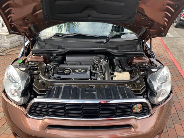 クーパーS クロスオーバー オール4 ターボ車 4WD カッロツェリアHDDナビ フルセグ Bluetooth ETC車載器 バックカメラ キセノンライト 17インチアルミ 5人乗り(35枚目)