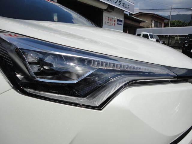 「トヨタ」「C-HR」「SUV・クロカン」「山梨県」の中古車6