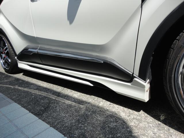 「トヨタ」「C-HR」「SUV・クロカン」「山梨県」の中古車9