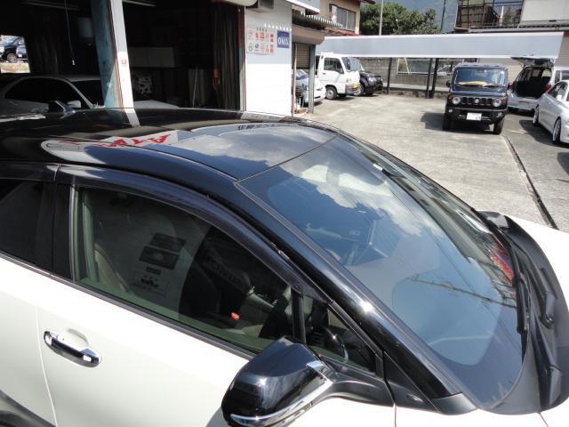 「トヨタ」「C-HR」「SUV・クロカン」「山梨県」の中古車11