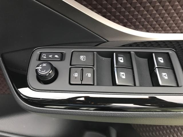 「トヨタ」「C-HR」「SUV・クロカン」「山梨県」の中古車46
