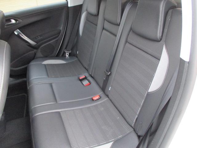 「プジョー」「プジョー 2008」「SUV・クロカン」「山梨県」の中古車25