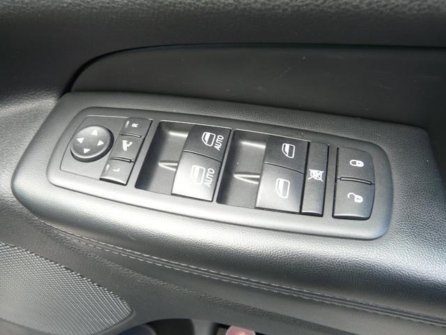 「その他」「クライスラージープ グランドチェロキー」「SUV・クロカン」「山梨県」の中古車18