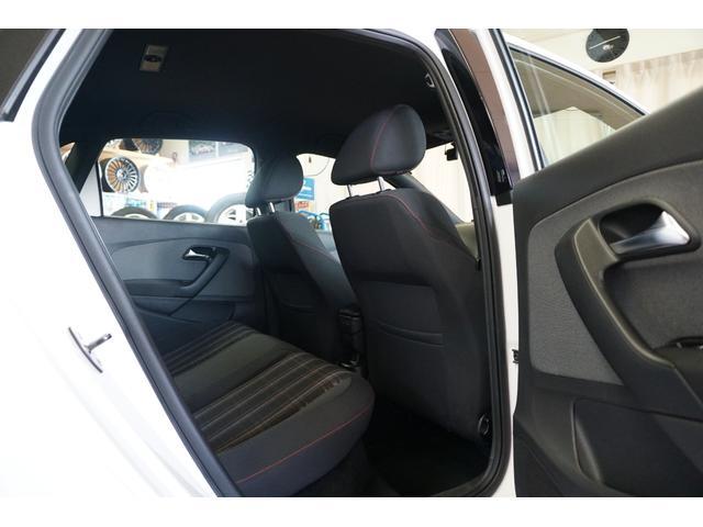 「フォルクスワーゲン」「VW ポロ」「コンパクトカー」「山梨県」の中古車36