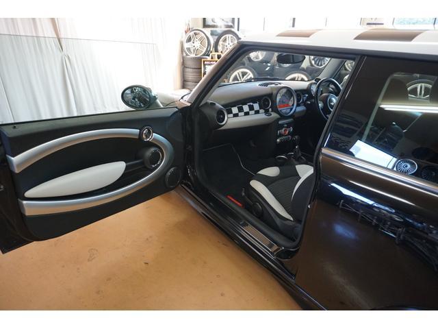 「MINI」「MINI」「コンパクトカー」「山梨県」の中古車36