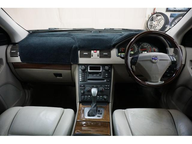 「ボルボ」「ボルボ XC90」「SUV・クロカン」「山梨県」の中古車19