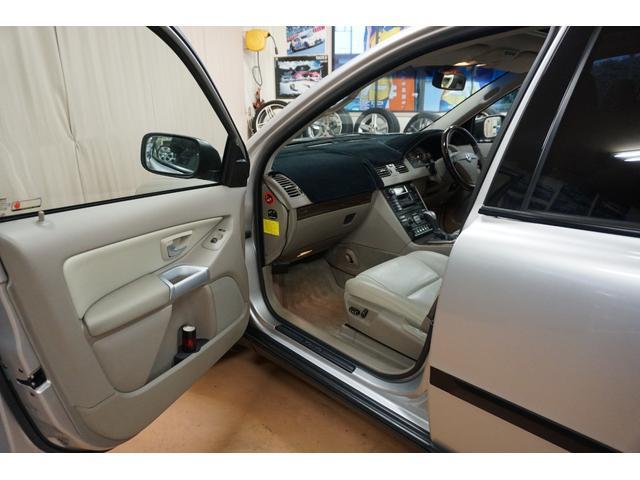「ボルボ」「ボルボ XC90」「SUV・クロカン」「山梨県」の中古車43