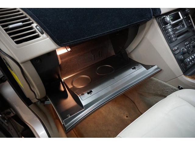 「ボルボ」「ボルボ XC90」「SUV・クロカン」「山梨県」の中古車46