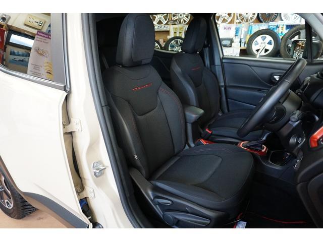 「その他」「クライスラージープ レネゲード」「SUV・クロカン」「山梨県」の中古車34