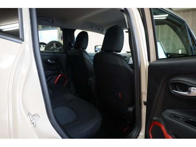 「その他」「クライスラージープ レネゲード」「SUV・クロカン」「山梨県」の中古車38