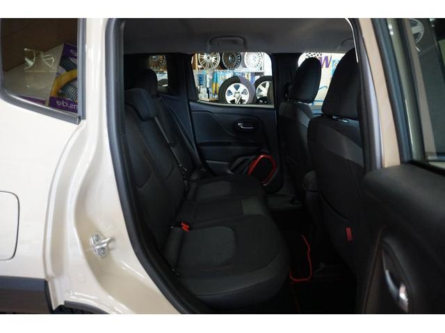 「その他」「クライスラージープ レネゲード」「SUV・クロカン」「山梨県」の中古車39
