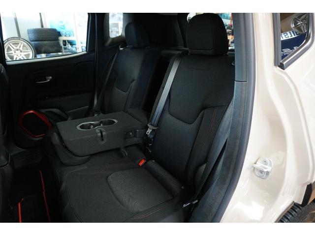 「その他」「クライスラージープ レネゲード」「SUV・クロカン」「山梨県」の中古車52