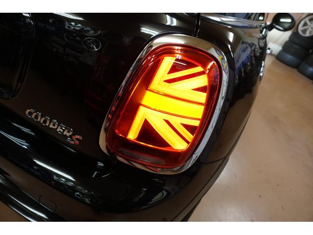 クーパーS 新品H&Rダウンサス・OZスーパーツーリズモGTマッドブラック17AW・アクティブクルーズコントロール・インテリジェントセーフティー・パーキングアシスト・LEDヘッドライト・純正HDDナビ(13枚目)