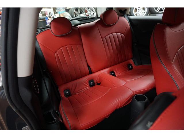 クーパーS クーパーS(4名) サンダーグレーメタリック 17AW 赤革シートカバー スマートキー アイドリングストップ 純正HDDナビ ETC(38枚目)