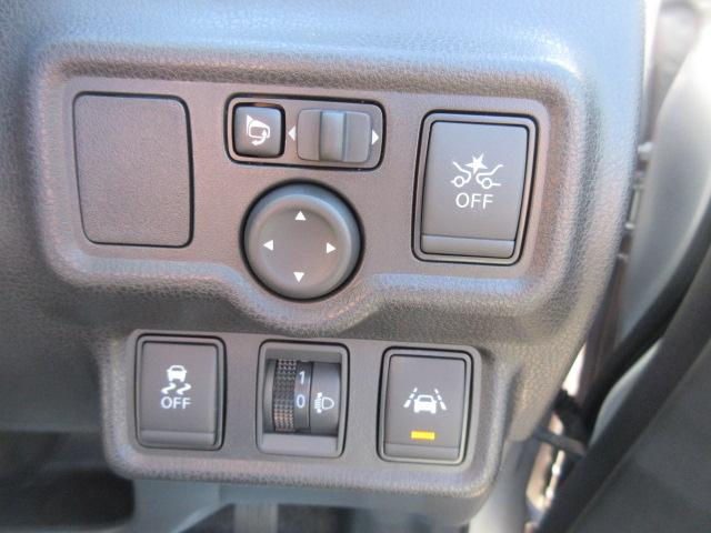 X FOUR 4WD(7枚目)