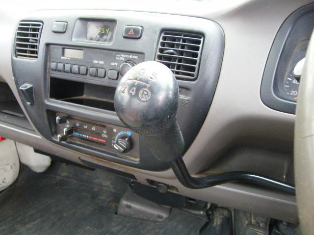 トヨタ タウンエーストラック DX 4WD マニュアル5速 エアコン パワステ ABS