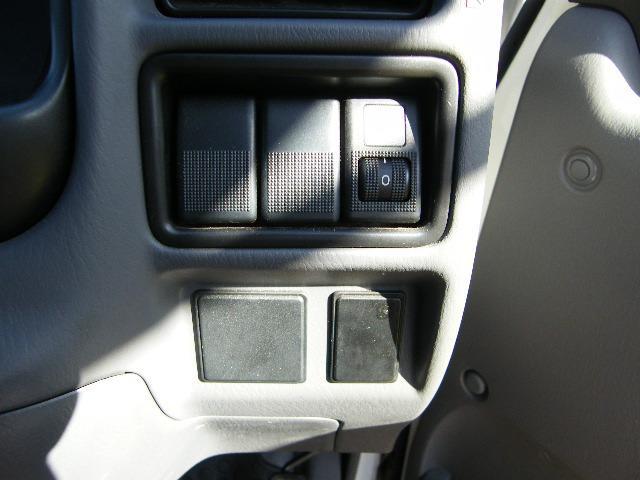 マツダ ボンゴトラック 4WD エアコン パワステ パワーウインドウ