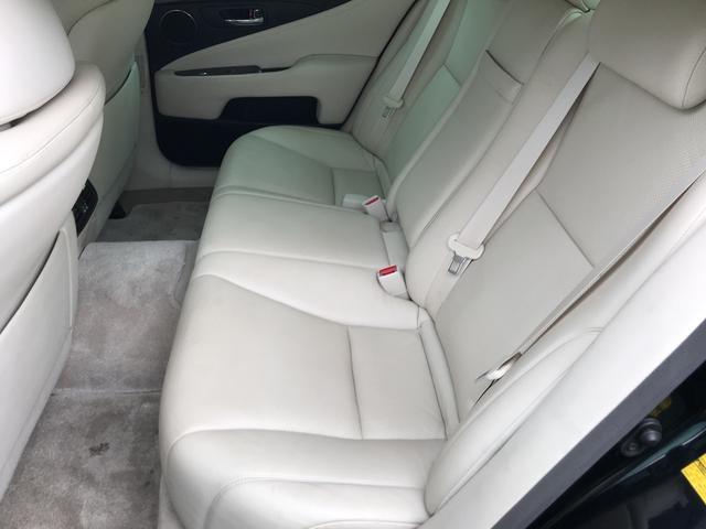 LS600h Iパッケージ 4WD ナビ サンルーフ レザー(10枚目)