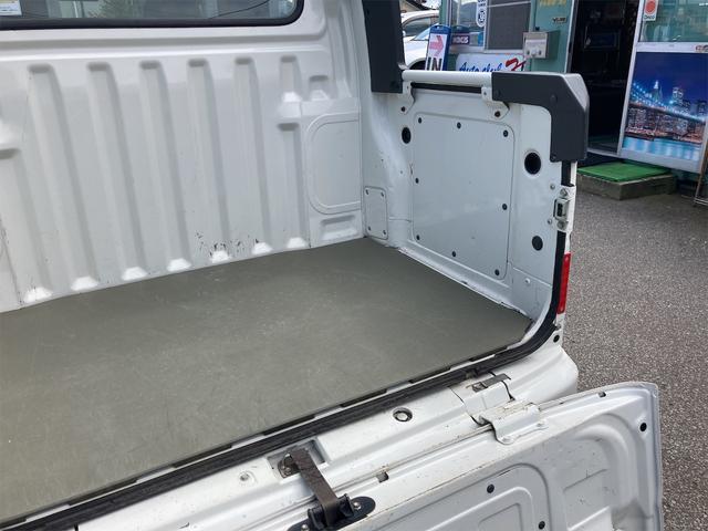 デッキバン 4WD 5速マニュアル 走行距離30540キロ エアコン パワーステアリング 両側スライドドア 保証付き 12インチアルミホイール(11枚目)