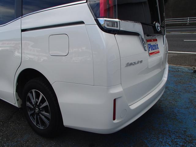 ハイブリッドGi10型SDナビリヤ12.1型Wパワスラ黒本革(16枚目)