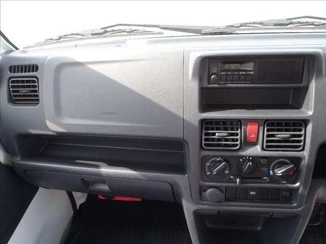 KC 切替4WD 純正AM/FMラジオ ヘッドライトレベライザー ABS ダブルエアバッグ 純正ラバーマット(25枚目)