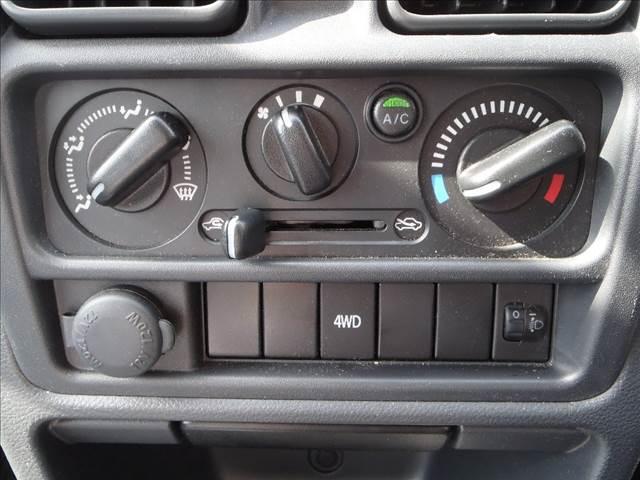 KC 切替4WD 純正AM/FMラジオ ヘッドライトレベライザー ABS ダブルエアバッグ 純正ラバーマット(28枚目)