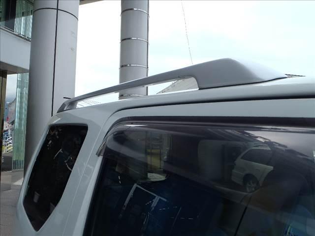 FISフリースタイルワールドカップリミテッド 4WD フロア5速MT キーレス シートヒーター ミラーヒート ルーフレール ダブルエアバック 電格ミラー 社外マフラー 社外16AW(73枚目)