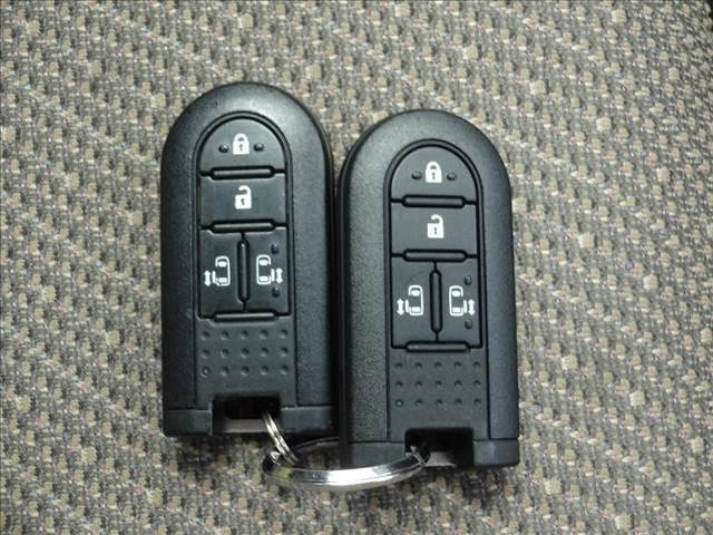 XリミテッドSAIII 4WD 社外メモリーナビ Bluetooth パノラマモニター スマートアシスト3 ワンタッチ両側パワスラ LEDヘッドライト オートハイビーム シートヒーター ETC オートリトラミラー VDC(17枚目)