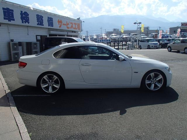 BMW BMW 335iサンルーフHDDナビBKレザーPDC
