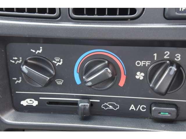 SDX 4WD 5MT エアコン(11枚目)