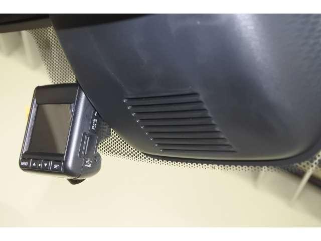L・ターボホンダセンシング 元弊社試乗車 LED メモリーナビ フルセグ オートクルーズ 盗難防止システム ETC ターボ スマートキー アイドリングストップ サイドSRS 衝突軽減ブレーキ ABS Rカメ VSA アルミ(17枚目)