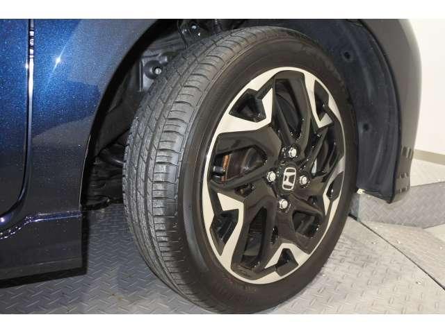 L・ターボホンダセンシング 元弊社試乗車 LED メモリーナビ フルセグ オートクルーズ 盗難防止システム ETC ターボ スマートキー アイドリングストップ サイドSRS 衝突軽減ブレーキ ABS Rカメ VSA アルミ(20枚目)