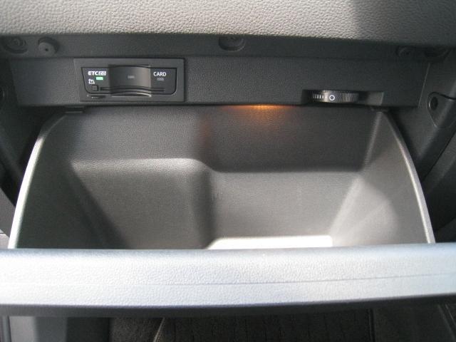 「フォルクスワーゲン」「VW ゴルフトゥーラン」「ミニバン・ワンボックス」「山梨県」の中古車9