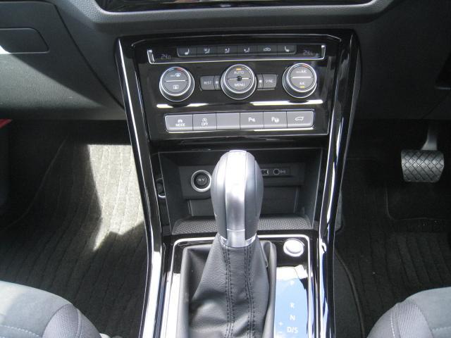 「フォルクスワーゲン」「VW ゴルフトゥーラン」「ミニバン・ワンボックス」「山梨県」の中古車17