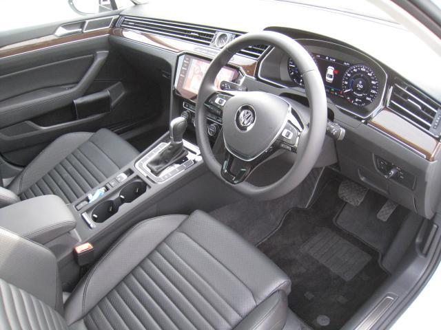 「フォルクスワーゲン」「VW パサート」「セダン」「山梨県」の中古車17
