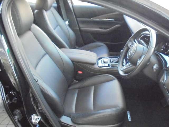 1.8 XD Lパッケージ ディーゼルターボ 4WD マットブラック純正OP18AW 全方位(3枚目)