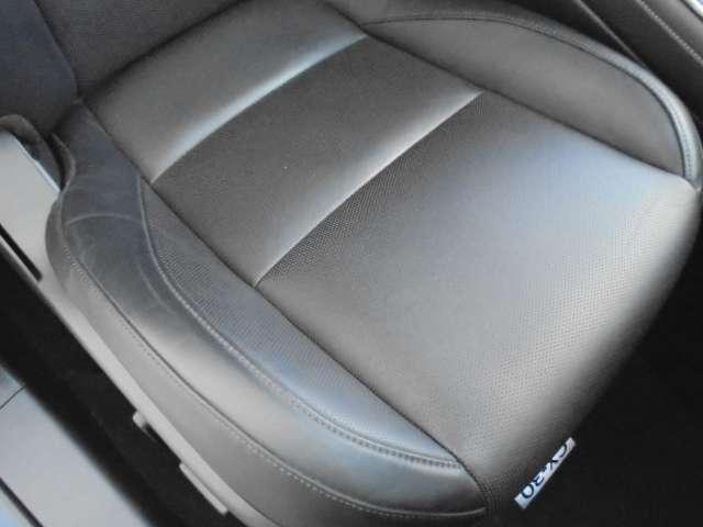 1.8 XD Lパッケージ ディーゼルターボ 4WD マットブラック純正OP18AW 全方位(4枚目)